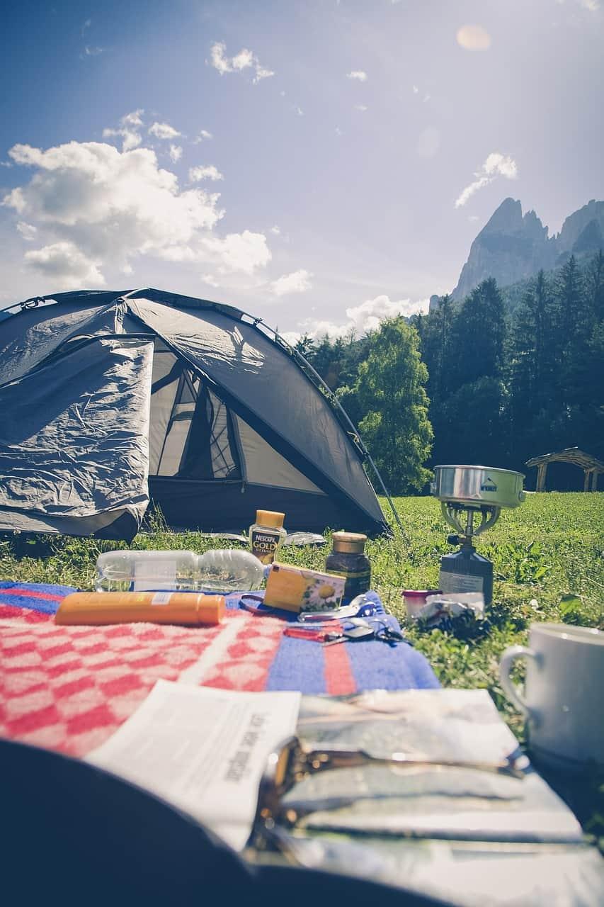 אוהל פתוח
